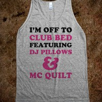 Club Bed: DJ Pillows & MC Quilt (Tank) - Text First