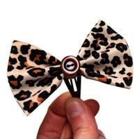 "Cheetah Print Hair Bow Snap Clip, Animal Print Button Bow Hair Accessory, Leopard Print Rockabilly Retro Hair Clippie - ""Here Kitty, Kitty"""