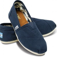 Navy Canvas Classics | TOMS.com