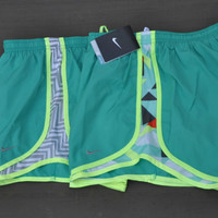 NIKE WOMEN'S SHORTS TEMPO 455702 716453 504598 NWT WHITE BLACK GREEN PINK NEW