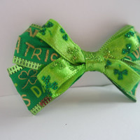 Saint Patricks Day Green Hair Bow w/ Clovers