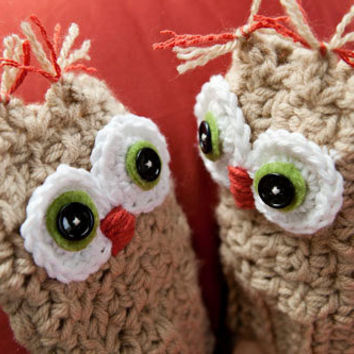 Handmade cute fingerless Owl gloves with by BglorifiedBoutique
