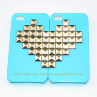 Green iPhone 4, 4S hard Case Cover with silver heart-shaped pyramid stud For iPhone 4 Case, iPhone 4S Case   d-5