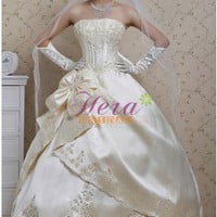 Sumptuous Ball Gown Strapless Appliques Satin Wedding Dress With Big Bowknots