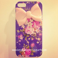Flower & Peach Bow iPhone 5 Case
