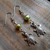 Silver Turtle Earrings - Turtle dangle earrings, Pearl Earrings