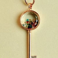 Electroplating 14 k gold Fancy coloured diamond key necklace
