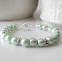 Mint Bridesmaids Jewelry Beaded Pearl Bracelets in Silver Pastel Green Wedding Jewelry Handmade Bridesmaid Bracelets