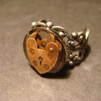 Steampunk Heart Lock Ring in Antique Silver (995)
