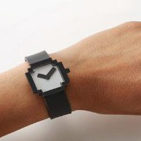 IDEA International - Icon Watch