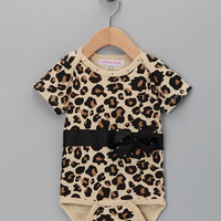 FABULOUS Leopard Baby Outfit   Bodysuit & Beanie with Changeable Ostrich Puff
