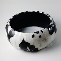 Black White Pattern Bangle Decoupage Bracelet by TheSilverFindings