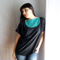 Black oversized tshirt top with emerald green lace by AliceCloset