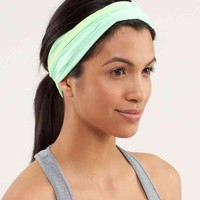 do the twist headband | women's headwear | lululemon athletica
