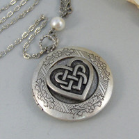 Celtic Heart,Locket,Silver Locket,Celtic Locket,Heart, Antique Locket,Celtic Knot,Irish,Lucky,Shamrock. jewelry by valleygirldesigns