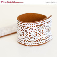 SALE Leather and Lace cuff bracelet - Brown - Womens