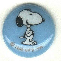 Snoopy  button..peanuts cartoon character  BUTTON