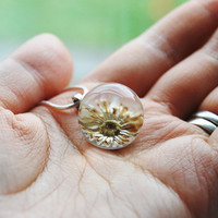 Real Daisy Flower Ball Necklace Pressed Flower Real Flower Resin Ball Orb Globe Pressed Flower Jewelry Crystal Clear Petite Mother
