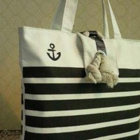 SAILOR STYLE VINTAGE FASHION TOTE HANDBAG.