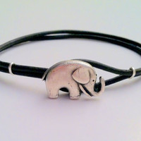 FREE SHIPPING Lucky Elephant Button by Jennasjewelrydesign on Etsy