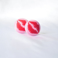 Red and pink kiss earrings by MeredithsLittleShop on Etsy