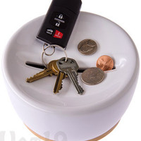 Coin Storage: Convenient key and coin storage