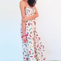 Maxi Lulu Jen - Cream Feather Print Dress
