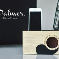 iPhone Dock - the Palmer