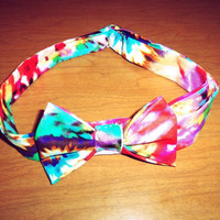Tiedye bow tie  by ShortsNBowsNSuch on Etsy