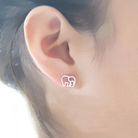 Cute 925 Sterling Silver Elephant Studs