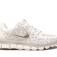 Nike Wmns Free 5.0 V4 Leopard - White Wolf Grey (511281-100) (8 B(M) US): Shoes
