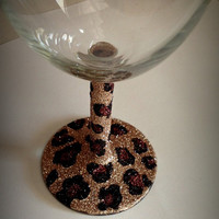 Wine glass glitter cheetah  print