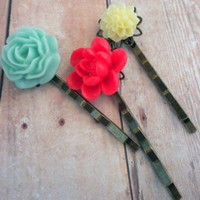 Free Shipping Colorfur Trio Bobby Pin set by almostsunset ($12)