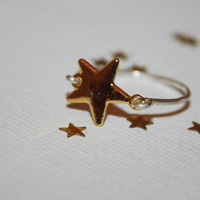 excellere - gold star ring ring by lilla stjarna - sterling silver - delicate star ring - Star Ring, Everyday jewelry, Stacking Ring