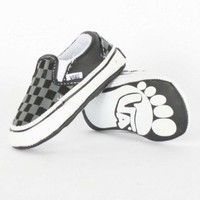 Amazon.com: Vans Classic Checkerboard Slip-On Crib Shoe - Black/Pewter-2: Shoes