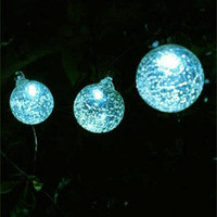Aurora Glow Solar LED String lights with 6 clear glass solar lights (35')