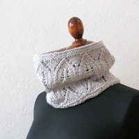 Knitted  Cowl  Lace  Light grey  Romantic woman by theYarnKitchen