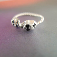 skull ring in silver by LemonTreeLand on Etsy