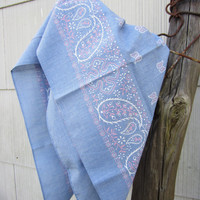 Vintage Blue Paisley Bandana, Made in USA // Vintage Scarf // Wamcraft Hankie