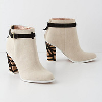 Quinn Ankle Boots