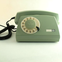 vintage green rotary telephone by ArtmaVintage on Etsy