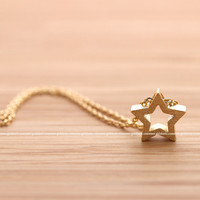 girlsluv.it - open STAR necklace, 2 colors
