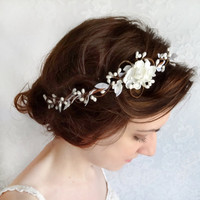 White flower hair circlet bridal flower headpiece by thehoneycomb