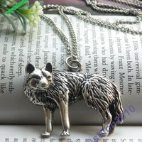 Pretty retro silver hungry wolf necklace pendant jewelry vintage style