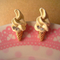 IceCream Earring Studs Vanilla by Bitsofbling on Etsy