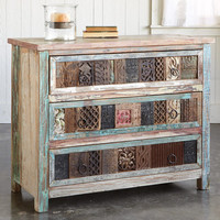 COLLECTOR'S CHEST
