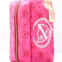 Victoria`s Secret Pink Cosmetic Bag color Pink: Beauty