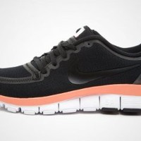 Nike Women`s Free 5.0 V4: Shoes