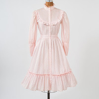 1960's Pink Floral Prairie Dress - Rosebud Cotton Victorian Style Shirtdress - Ruffles & Flower Buttons