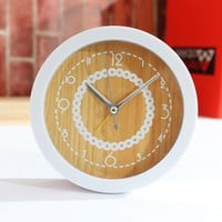 accessoryinlove — Simple Lace Wood Grain Clock
